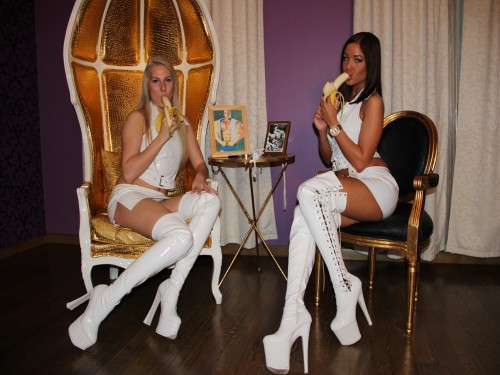 Glamour Girls POV